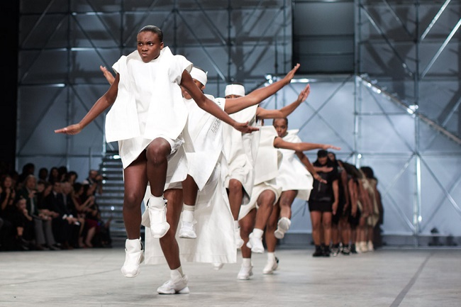 Rick Owens S/S 2014 collection. Source: http://goo.gl/URVhpg.